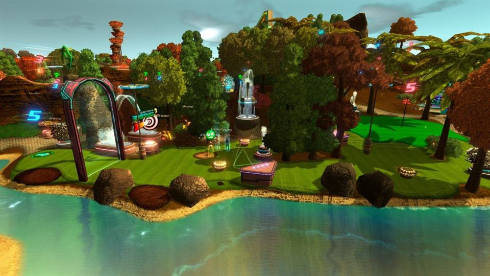 Golftopia Review-Test - SciFi Golfer in bunt - SimGolf or SimTycoon - crazy golfing next to the lake
